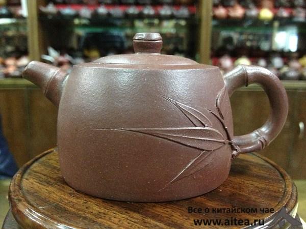 Чайник из исинской глины.