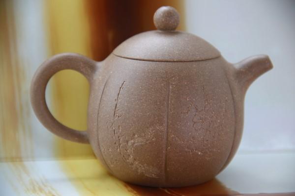 Исинский чайник Нань Гуа