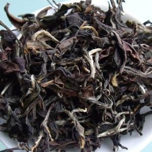 Покусанный насекомыми Дун Фан Мей Жень